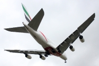 Emirates 185, clear to land ... Welcome to Barcelona