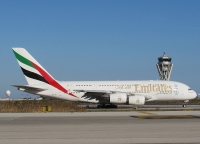 A380 Emirates y Torre Control Barcelona