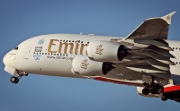 Emirates top fly